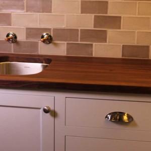 blog.mcclureblock_walnut-counter-top-with-sink-4-300x300 Walnut-Counter-Top-With-sink-4