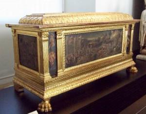 blog.mcclureblock_cassone_marriage_chest_rennaisance-300x235 A Brief History of Furniture: Part II